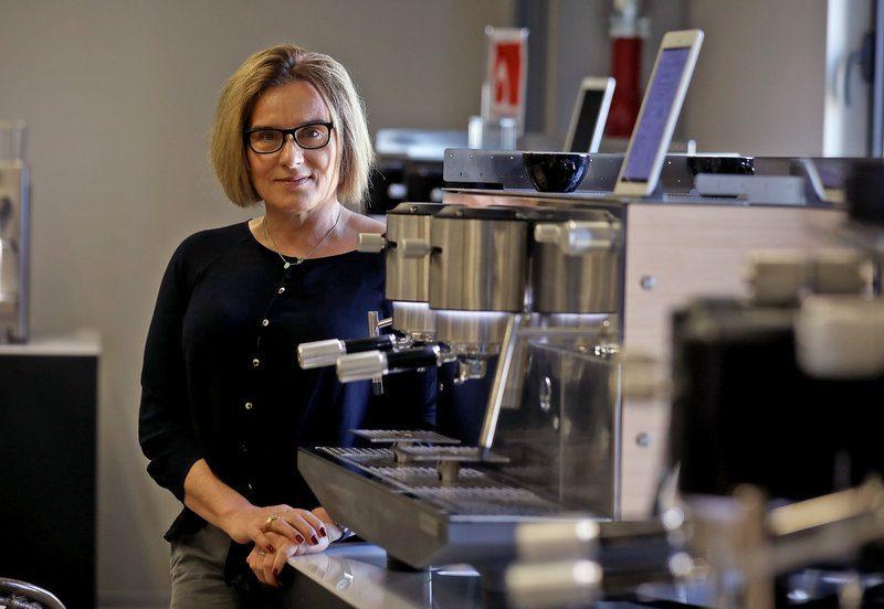 Sant Feliu de Llobregat. Aurora Farré, codirectora general d'Iberital, fàbricant de cafeteres per a l'hosteleria. Per a una pàgina d'empresa de L'Econòmic.